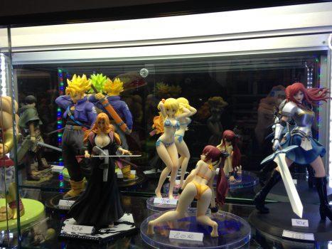 Figurine sexy manga