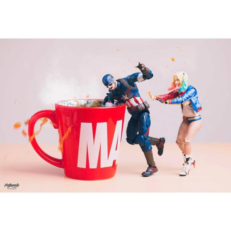 figurines captain america & harley quinn
